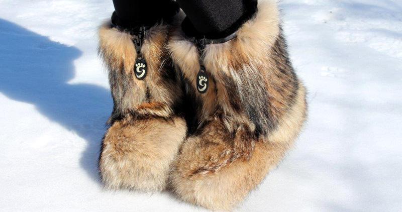botte-fourrure-hiver-grenier