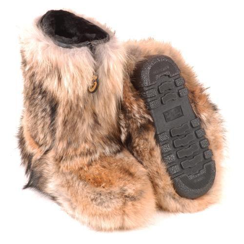 bottes d hiver en fourrure de coyote fourrures grenier. Black Bedroom Furniture Sets. Home Design Ideas