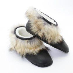 pantoufle-cuir-coyote-mouton